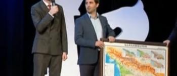 აჭარის მთავრობის თავმჯდომარემ რუსეთის დელეგაციას საქართველოს რუკა აჩუქა